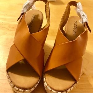 Sociology wedge sandals size 6